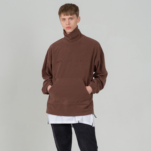 SECONDMONOLOGUE LOGO FLEECE TURTLE-NECK BROWN