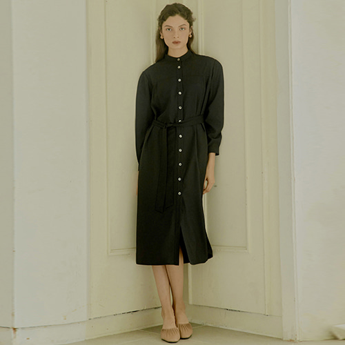[몽돌] HENLEY NECK SHIRTS DRESS BLACK