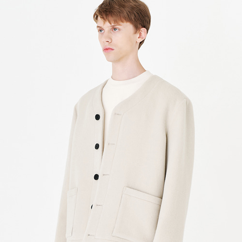 [커스텀어클락] CONTEMPORARY COLLARLESS JACKET L.BEIGE