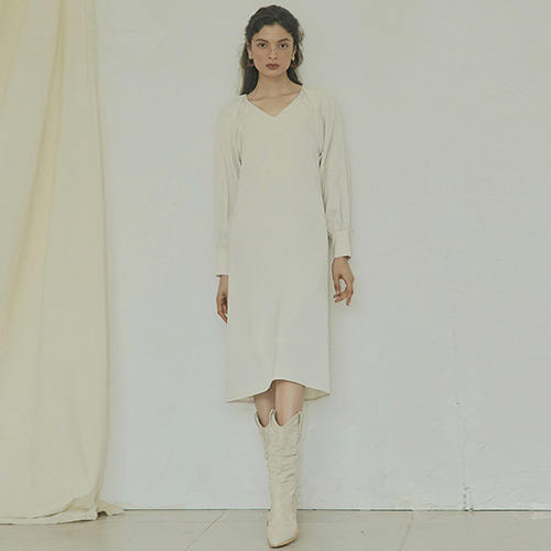 [몽돌] SHIRRING POINT DRESS CREAM