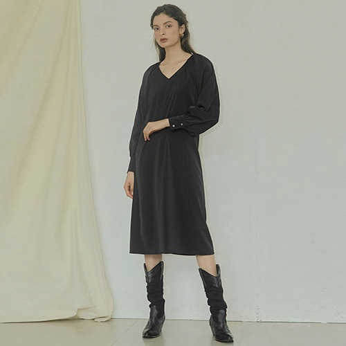 [몽돌] SHIRRING POINT DRESS BLACK