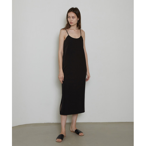 [몽돌] STRAIGHT SLEEVELESS DRESS BLACK